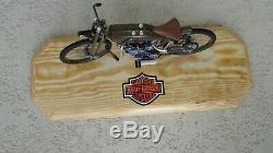1923 Harley Davidson 8 Valve Moto Racer 110 Métal Moulé 8 COA Support