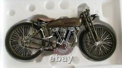 1927 Harley Davidson 8 Valve Moto Racer 110 Métal Moulé 8 Pouces. COA Boîte