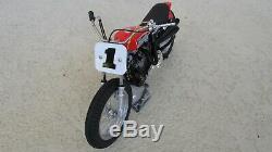 1972 Harley-Davidson XR750 110 Célébres US Course Moto 8 Pouces. Long W / Boîte