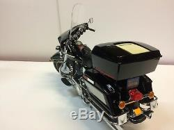 Harley Davidson Electra Glide (39 cm 2.5 Kg!)