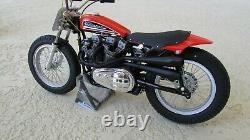 Harley Davidson XR750 1972 110 Célébres US Course Moto 8 Pouces. Long W / Boîte