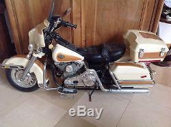 Jouet vintage moto HARLEY DAVIDSON par FEBER années 80 fonctionne