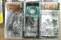 KIT 1/6 TAMIYA Harley Davidson FLH Classic BAUSATZ MAQUETTE PROTAR SCALE 1607