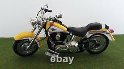 MOTO métal HARLEY-DAVIDSON FAT BOY jaune 1/9 MATCHBOX moto miniature collection