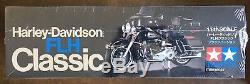 Tamiya moto 1/6 HARLEY DAVIDSON FLH NOIR 16037